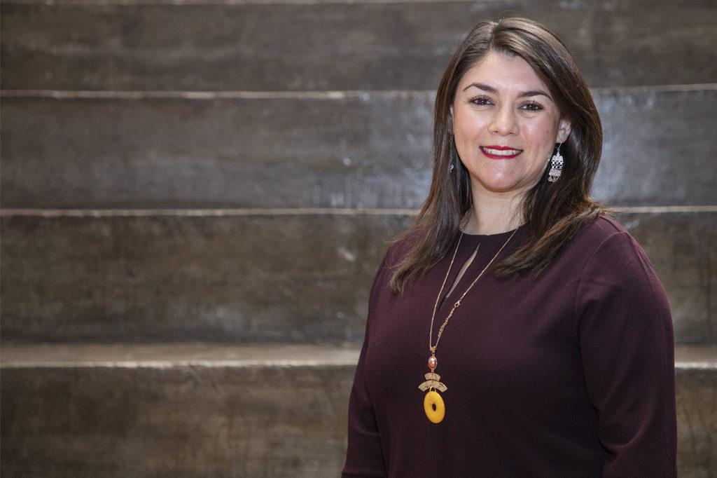 ROMINA CAYUMIL, Directora de Ingeniería Civil en Minas.