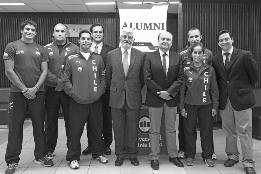 Reconocimiento por parte de Alumni a los deportistas ODESUP (abril 2014).