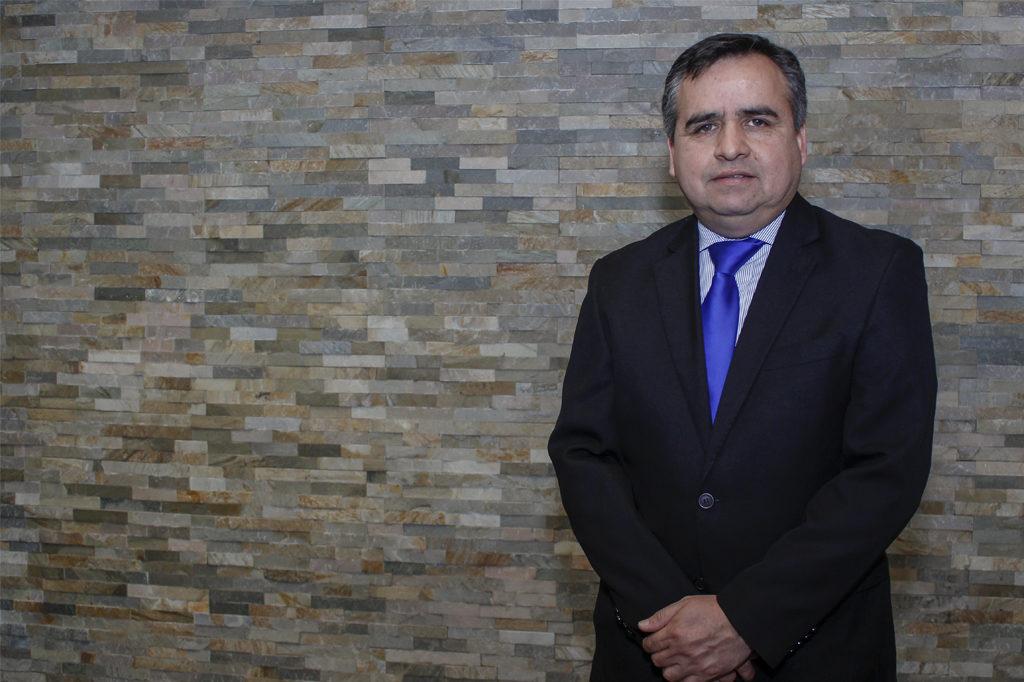 CARLOS MUÑOZ, Programa de Pedagogía en Educación Media para Licenciados Vespertino.